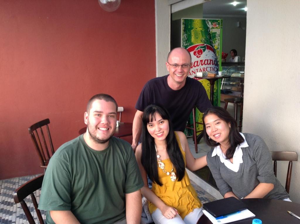 Bruno Carvalho, Mayara Fujikake, Kelly Nagaoka e Lineu Bravo, em Taubaté