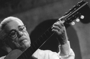 Dino 7 Cordas: precursor dos violões 7 cordas